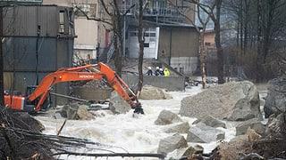 Inundaziun a Wolhusen: l'aua tschessa plaunet