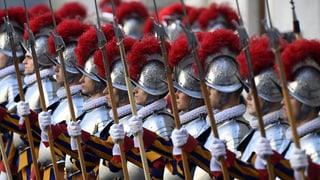 Scolaziun da la Guardia papala vegn modernisada