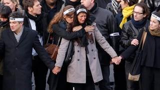 Franzosen setzen eindrucksvolles Zeichen gegen den Terror