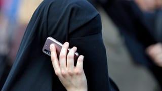 Deutsche Innenminister wollen Burka an bestimmten Orten verbieten