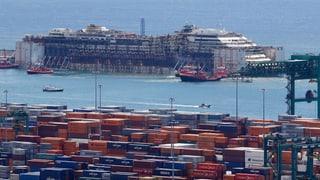 Costa Concordia wird für die Verschrottung präpariert