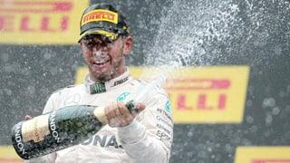 Terza victoria per Lewis Hamilton