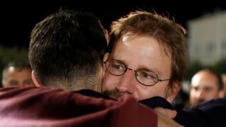 Der deutsche Aktivist kehrt zurück in seine Heimat. In der Türkei aber warten zahllose Inhaftierte auf ein faires Verfahren.