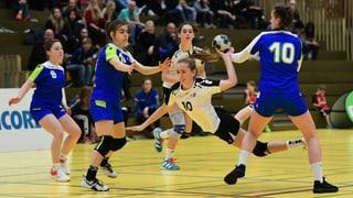 15-jährige Handballerin mit Vertrag (Artikel enthält Audio)