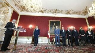 Bundespräsident vereidigt vier Spitzenbeamte zu neuen Ministern