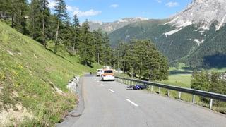 Dus töffists blessads al Pass da l'Alvra