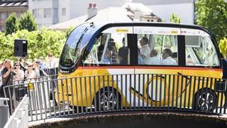 Selbstfahrende Postautos in Sitten nach Unfall wieder unterwegs