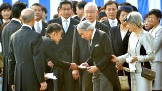 Fukushima: Abgeordneter brüskiert Kaiser Akihito