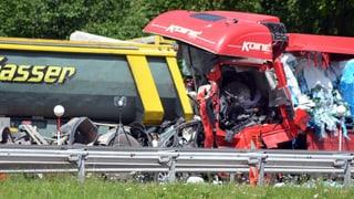 Nach Gotthard-Unfall: Bund stellt Warntafel auf