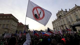 Prag: Islamgegner fingieren Anschlag