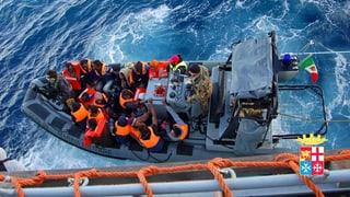 Bootsflüchtlinge: Italiens Marine schlägt Alarm