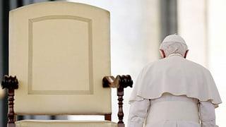 Benedikt XVI. hängt am Papst-Titel