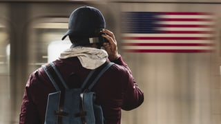 Weshalb uns amerikanische Podcasts so fesseln