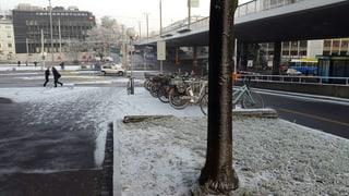 Reifglätte sorgt für Unfälle auf Schweizer Strassen