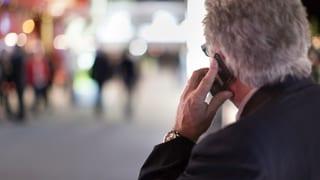 Gericht erkennt Tumor durch Handy als Berufskrankheit an