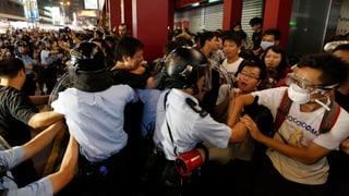 Demos in Hongkong arten wieder aus