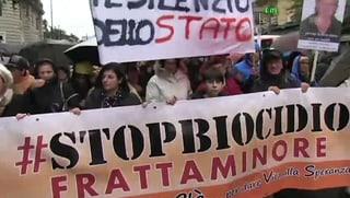 Giftmüll treibt 30'000 Neapolitaner auf die Strasse