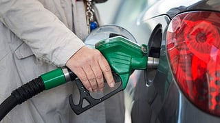 Neuwagen geizen beim Treibstoff – CO2-Ziele trotzdem verfehlt