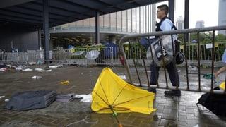 Lage in Hongkong beruhigt sich nach schweren Zusammenstössen