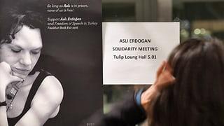 Gericht entlässt Asli Erdogan aus Untersuchungshaft