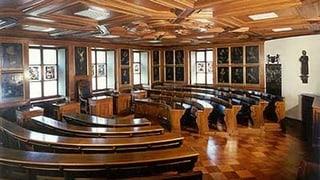 158 Bewerbungen für das Parlament