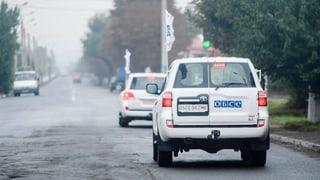 Am Sonntag ist ein Auto der OSZE-Mission über eine Mine gefahren. Ein Mitarbeiter starb. So reagierte der OSZE-Vorsitzende Sebastian Kurz.