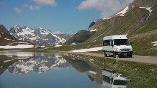 Nova lingia da bus sur Pass d'Alvra