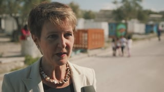 Bundesrätin besucht Flüchtlings-Hotspot