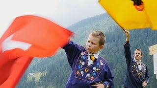 Video «Serie «Urchige Schweizer Sportarten» – Fahnenschwingen » abspielen