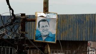 Chávez gibt Geschäfte ab – vorerst