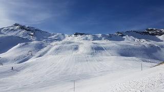 300 skiunz al di a San Bernardino