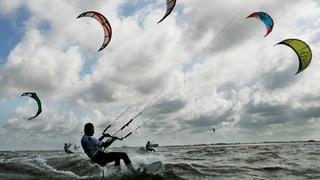 Am Hallwilersee sind die Meinungen zum Kitesurfen geteilt