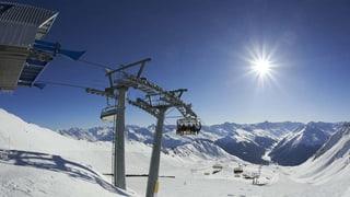 Para ski: Claustra pudess siglir en per Sursaissa