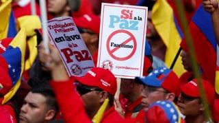 Maduros Anhänger stärken dem Präsidenten den Rücken