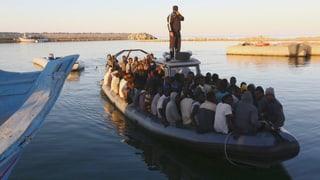 Flüchtlingsdrama auf dem Mittelmeer hält unvermindert an