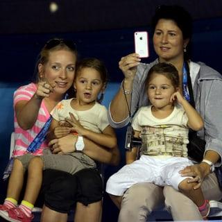 Die Federer-Zwillinge Myla und Charlene
