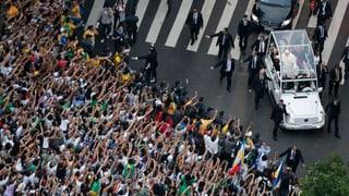 Tausende Brasilianer umschwärmen den Papst