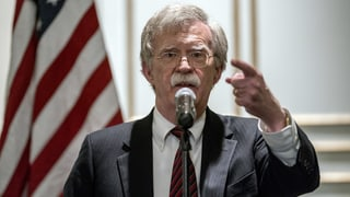 Trumps Sicherheitsberater schiesst gegen Den Haag