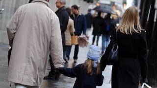 Geschiedene Väter feiern: Das gemeinsame Sorgerecht ist da