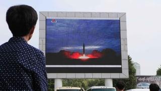 Nordkorea feuert weitere Rakete über Japan hinweg
