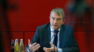 Niersbach erklärt sich – die Fifa zweifelt