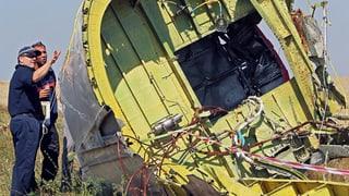 MH17: Artilleriebeschuss vertreibt Experten von Absturzstelle