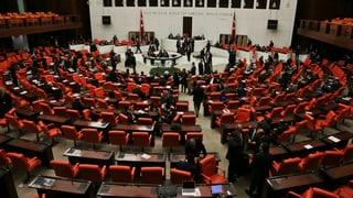 Türkisches Parlament billigt Präsidialsystem