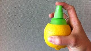 Für Sie getestet: Spray-Aufsatz für Zitronen