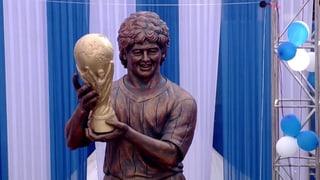 Neue Statue enthüllt: Das soll Maradona sein?