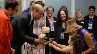 Ein Teddy für George und Charlotte