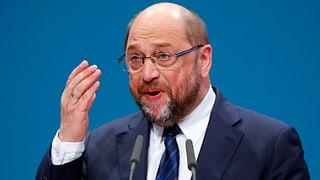 Eklat im EU-Parlament: Präsident wirft Rassisten raus