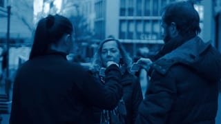 Video «Detektiv holt Stammkundin wie eine Diebin von der Strasse» abspielen