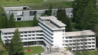 Midadas da persunal sisum l'hotel 7132 SA