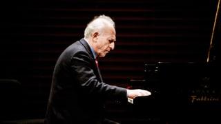 Video «Maurizio Pollini – von Meisterhand» abspielen